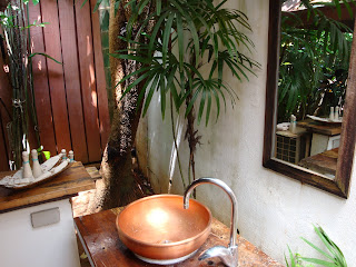 Outdoor Bathroom at The Cliffs Hotel, Ao Nang