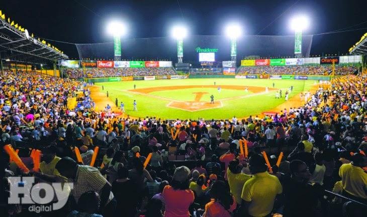 Las Aguilas Cibaeñas planean poner gratis sus 10 mil asientos de bleachers y darle cena a todos los fanáticos