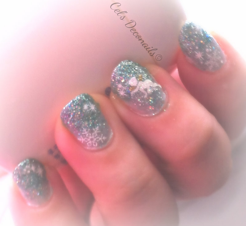 Christmas nails tutorial with Estessimo TiNS nail polishes
