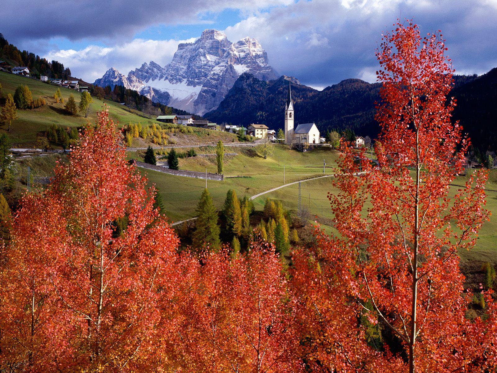 http://1.bp.blogspot.com/-ZnTkLa0mU7U/Tcp3KHl8euI/AAAAAAAACWs/iMBLnc2ObZ0/s1600/Church+of+Selva+Di+Cadore%252C+Colle+Santa+Lucia%252C+Italy.jpg