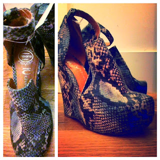 Jeffrey Campbell snakeskin heels, Jeffrey Campbell Thelma, snakeskin wedges, Thelma wedges, funky designer heels, edgy wedges, those kinds of girls, shoe obsessed, animal prints, purple and blue snakeskin, purple and blue wedges by Jeffrey Campbell, Brooklyn New York fashion finds, consignment finds in Brooklyn NYC