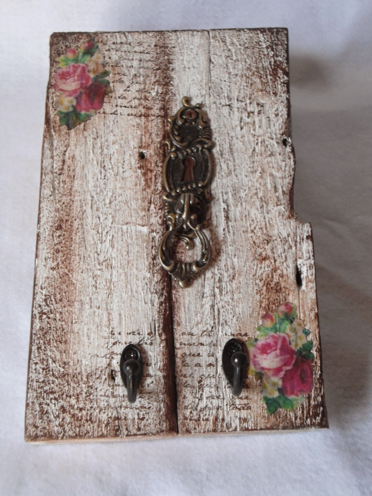 shabby chic crafts on pinterest shabby chic shabby and. Black Bedroom Furniture Sets. Home Design Ideas