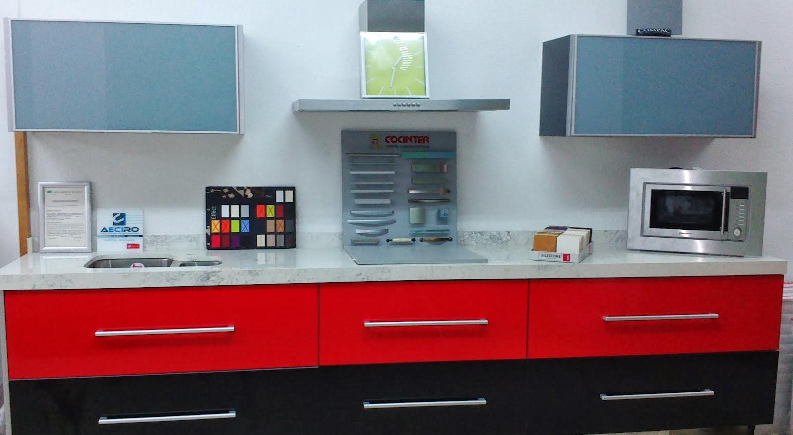 Liquidación cocina con encimera y fregadero: 999€
