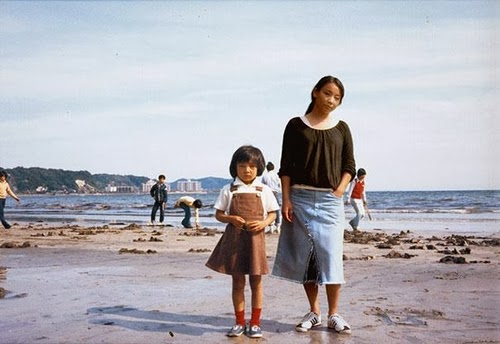 01-1976-and-2005-Japan-Photographer-Chino-Otsuka-Imagine-Finding-Me-www-designstack-co