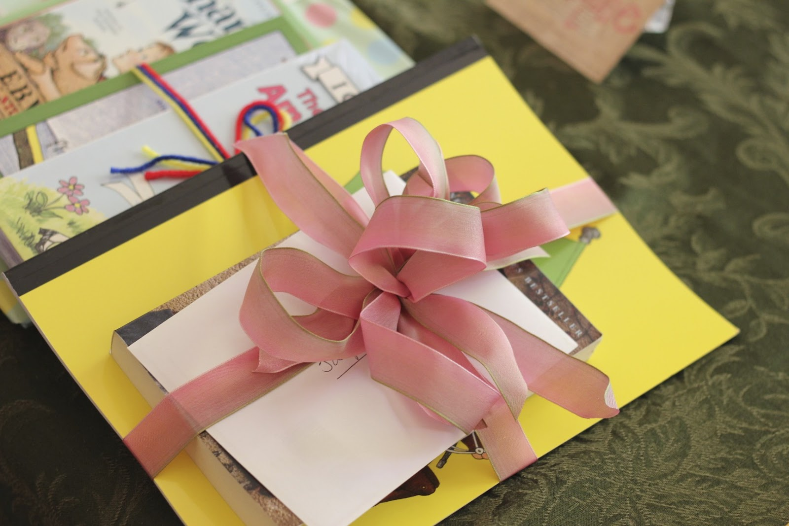 The Lady Okie: The Triple Baby Book Shower!