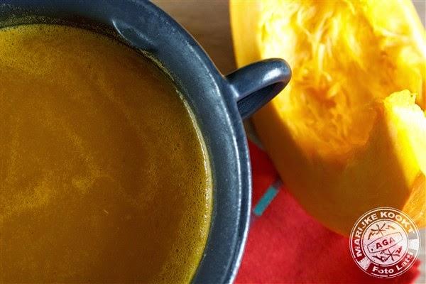 Pompoen-saffraan soepje