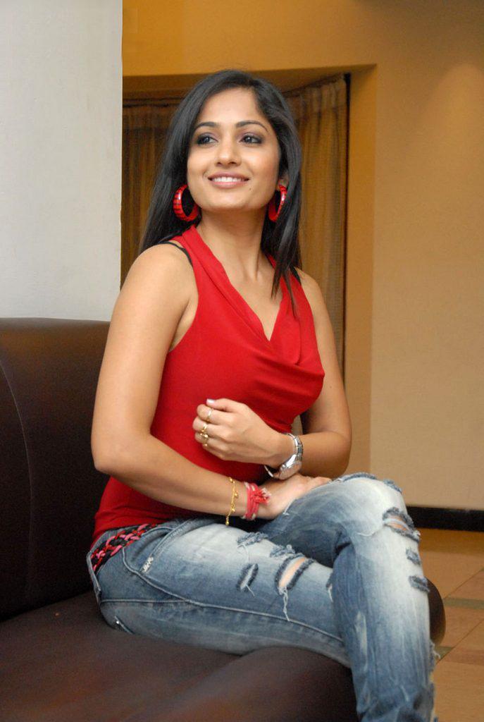 Kajal Busty Babeshuge Ass And Big Label Ashrita Shetty Latest