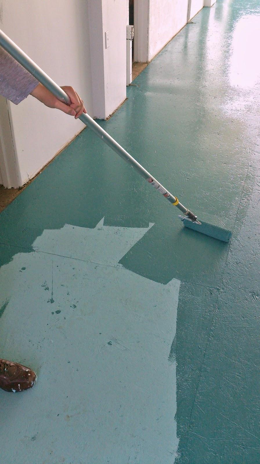 Diy painted particle board floor mmmm teal dans le