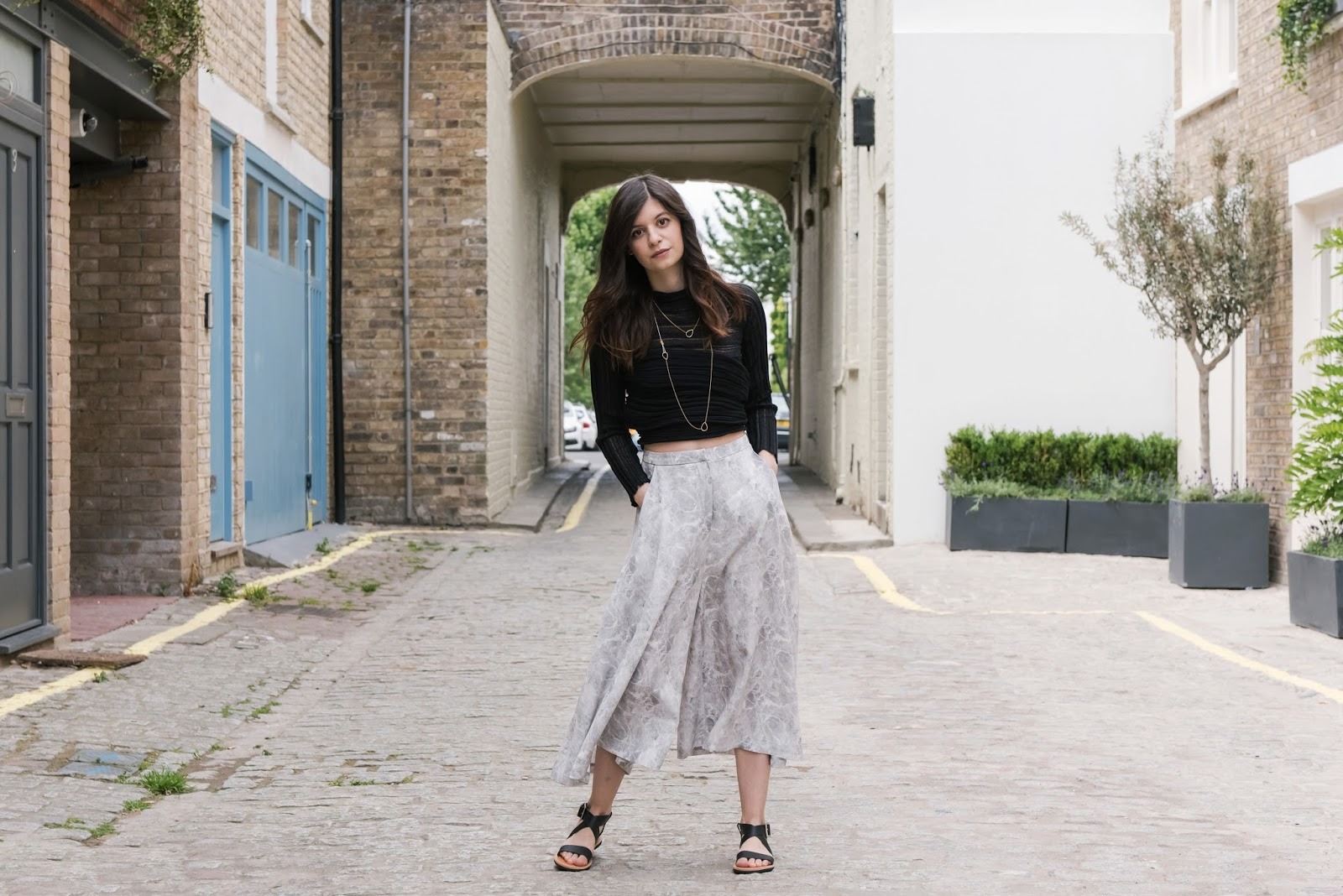 marble print, ioanna kourbela, v society, silk culottes, isapera sandals, isapera mykonos, greek fashion, greek designers, virginia tzioti, greek blogger, mono space notting hill, the mono space, pop up store