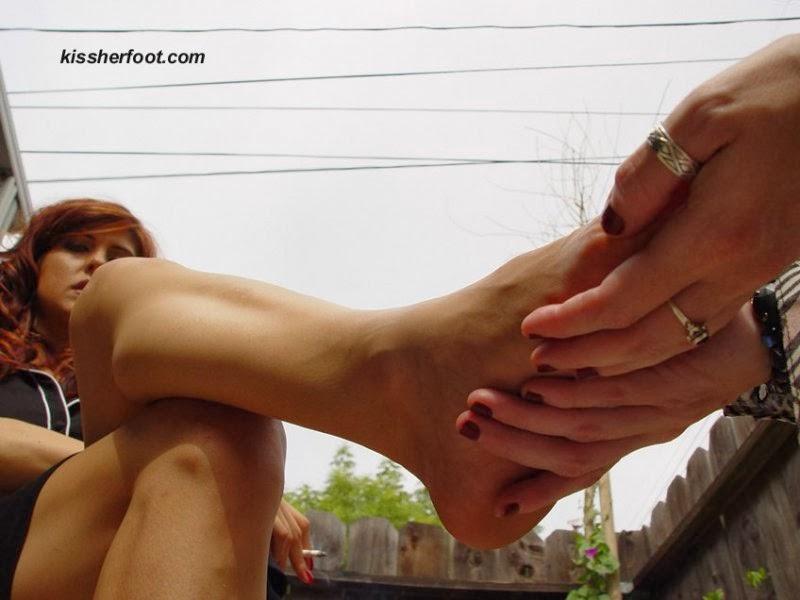 goddess FF slave worship mistress femdom feet