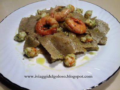 ricette a base di pesce ... straccetti di grano saraceno ai gamberi ...