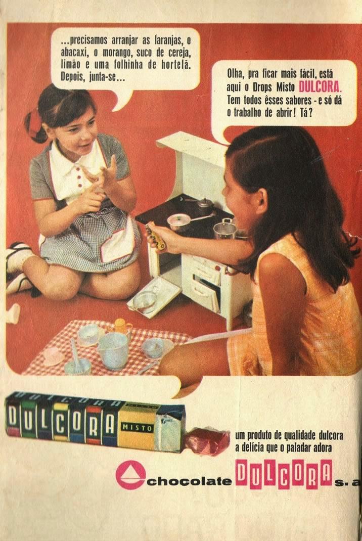 Propaganda impressa do Drops Dulcora nos anos 60: balas com sabores de frutas.