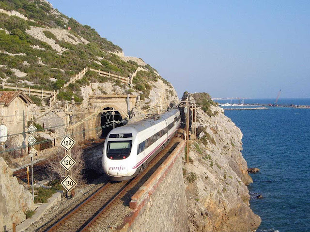 Amazing Train Routes3