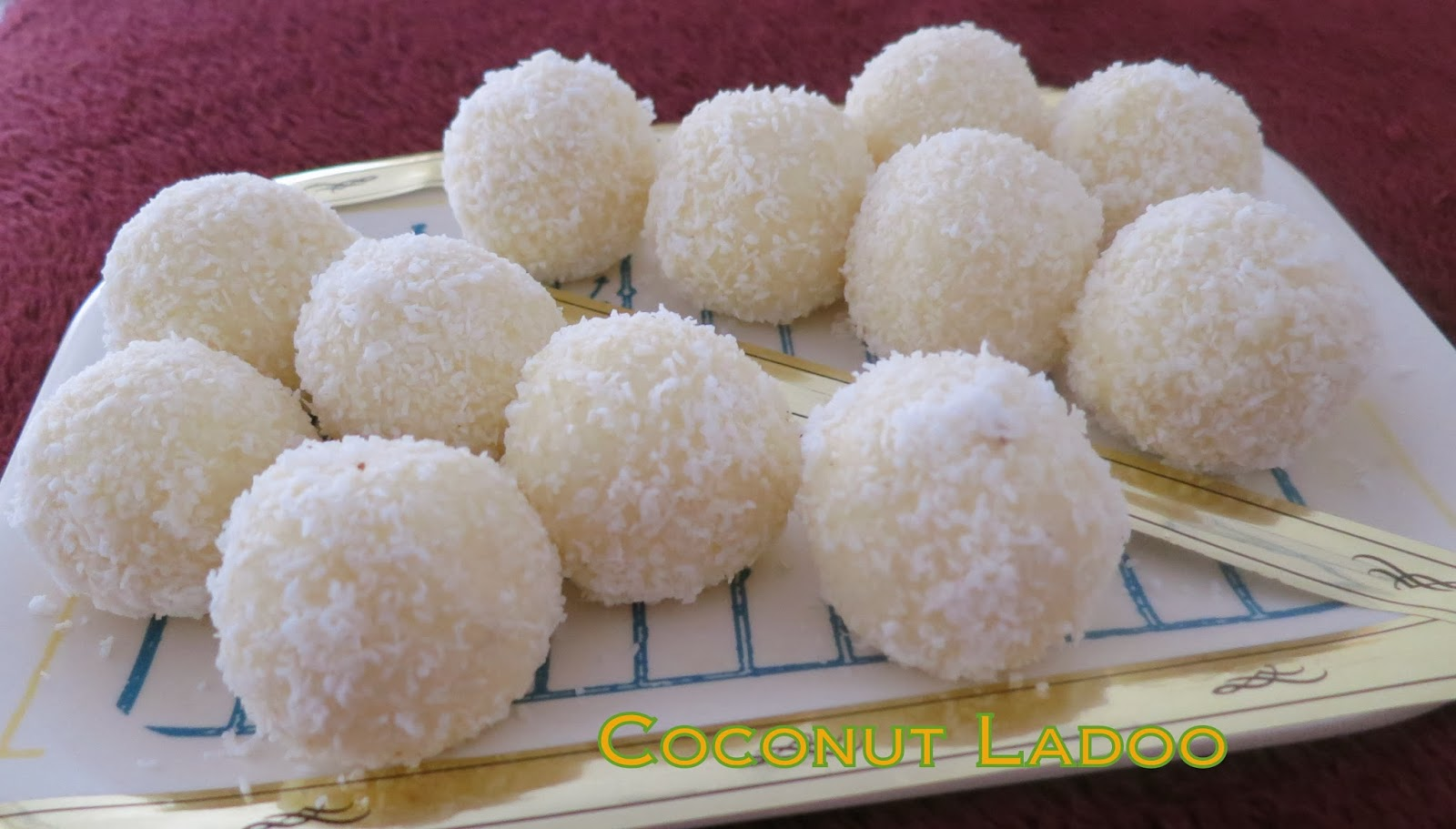 Simply Delicious: Coconut Ladoo with Milkpowder(Instant Coconut Ladoo)