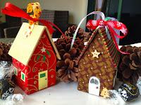 http://heatherssewingroom.blogspot.sg/2013/11/the-secret-surprise-christmas-house.html