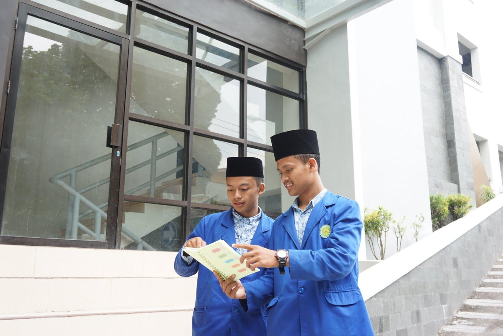 Pendidikan Pemimpin Bangsa