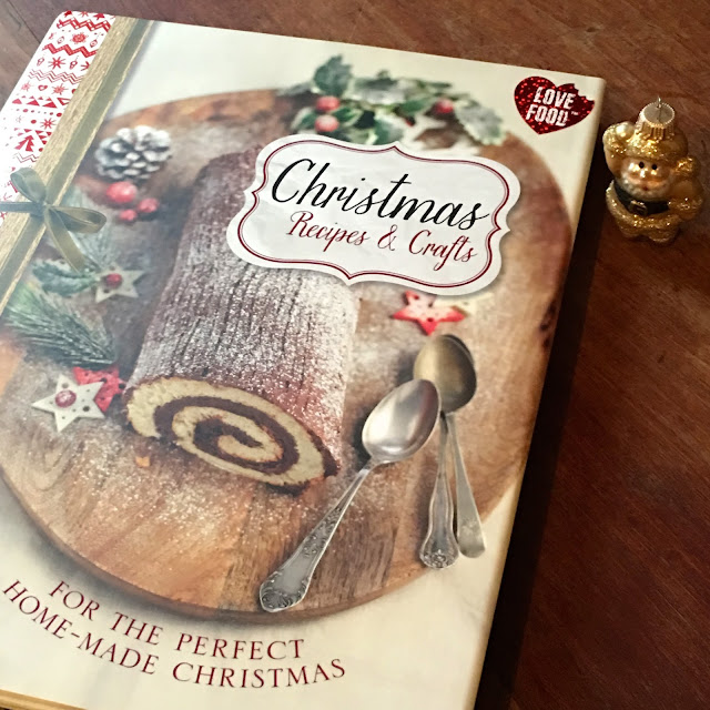 Christmas Recipes and Crafts book