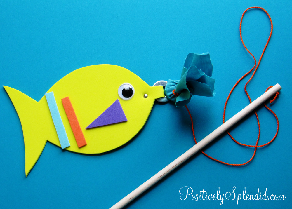 Magnetic fishing game kids craft for Little kid fishing pole