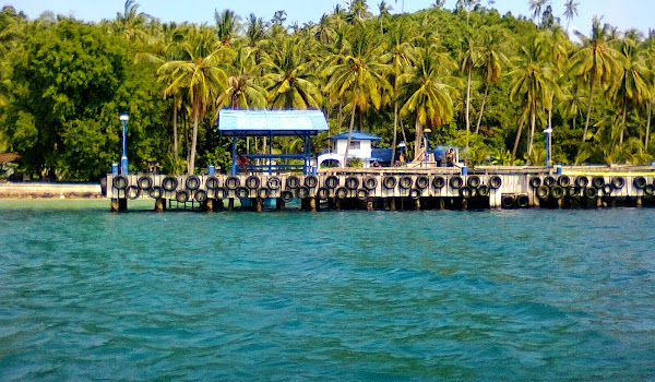 Dermaga Pulau Balak, Pesawaran, Lampung. ZonaAero