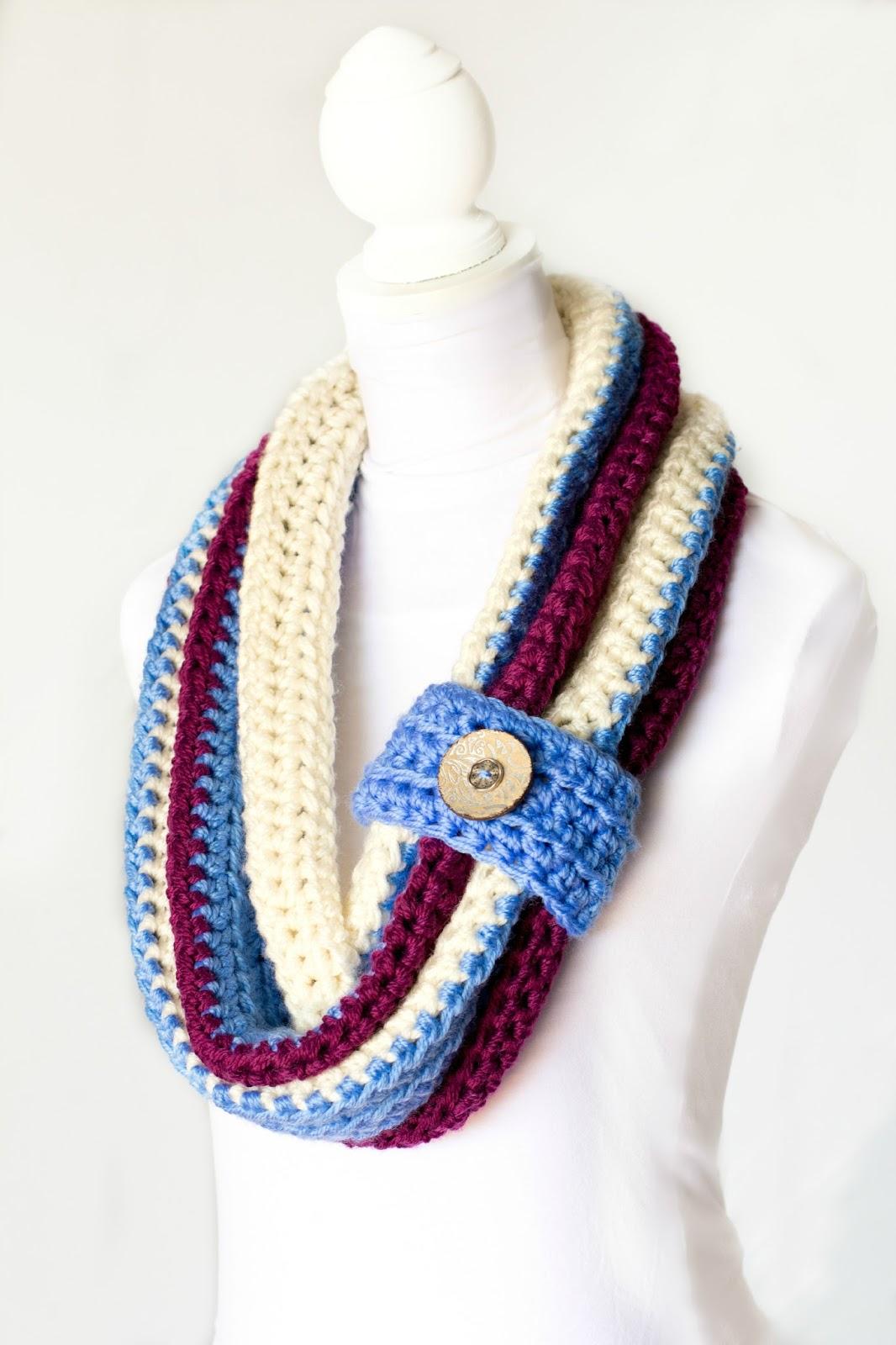 Crochet P : ... Honey Craft, Crochet, Create: Chunky Button Cowl Crochet Pattern