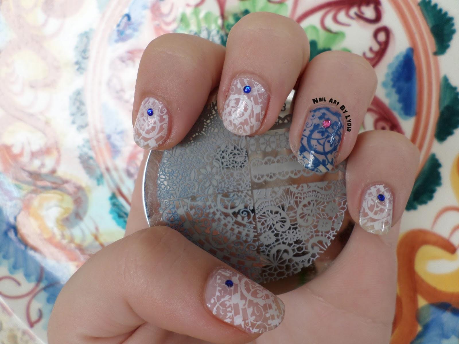 Nail Art By Lydia: Encaje azul y blanco