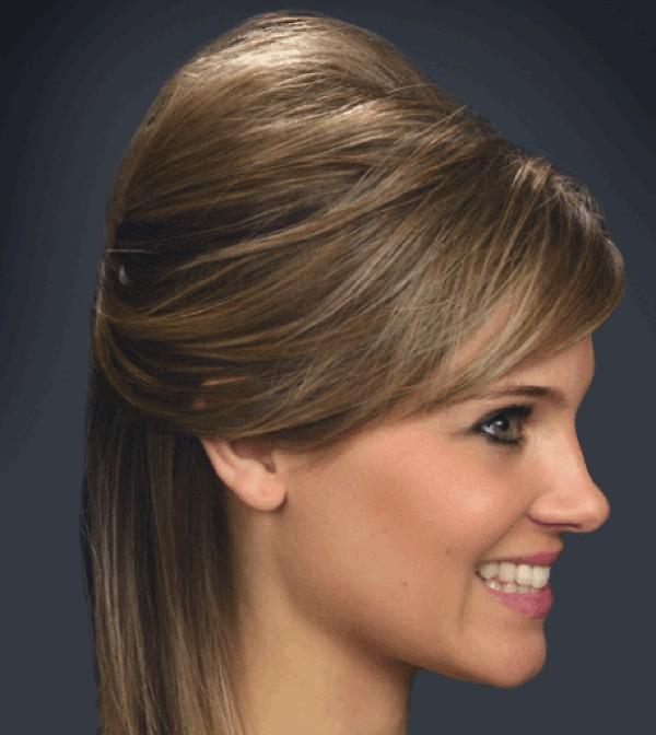 El aceite para los cabellos de la jojoba la reconstitución