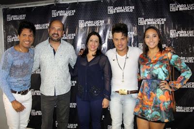 A programação do domingo também contou com bandas regionais Xibata, Xote da Veia, Cacimba Barrenta e Igor Neno, que trouxeram o forró pé-de-serra para o circuito