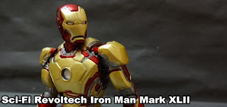 http://berryxx.blogspot.no/2014/01/review-revoltech-ironman-mark42.html