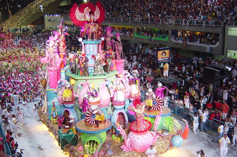 Carnival in Rio de Janeiro<br>One of the biggest Carnival in the world.