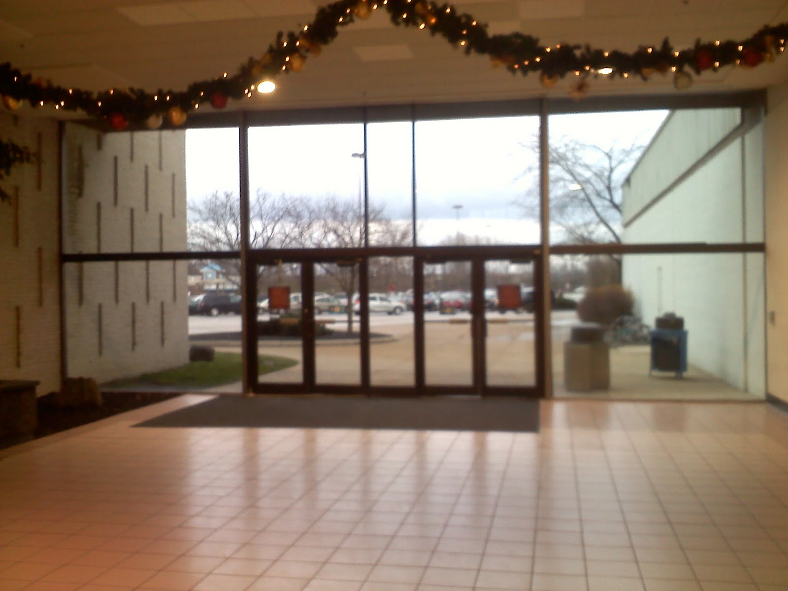 Mall Entrance Doors : Dead and dying retail midway mall or recovering