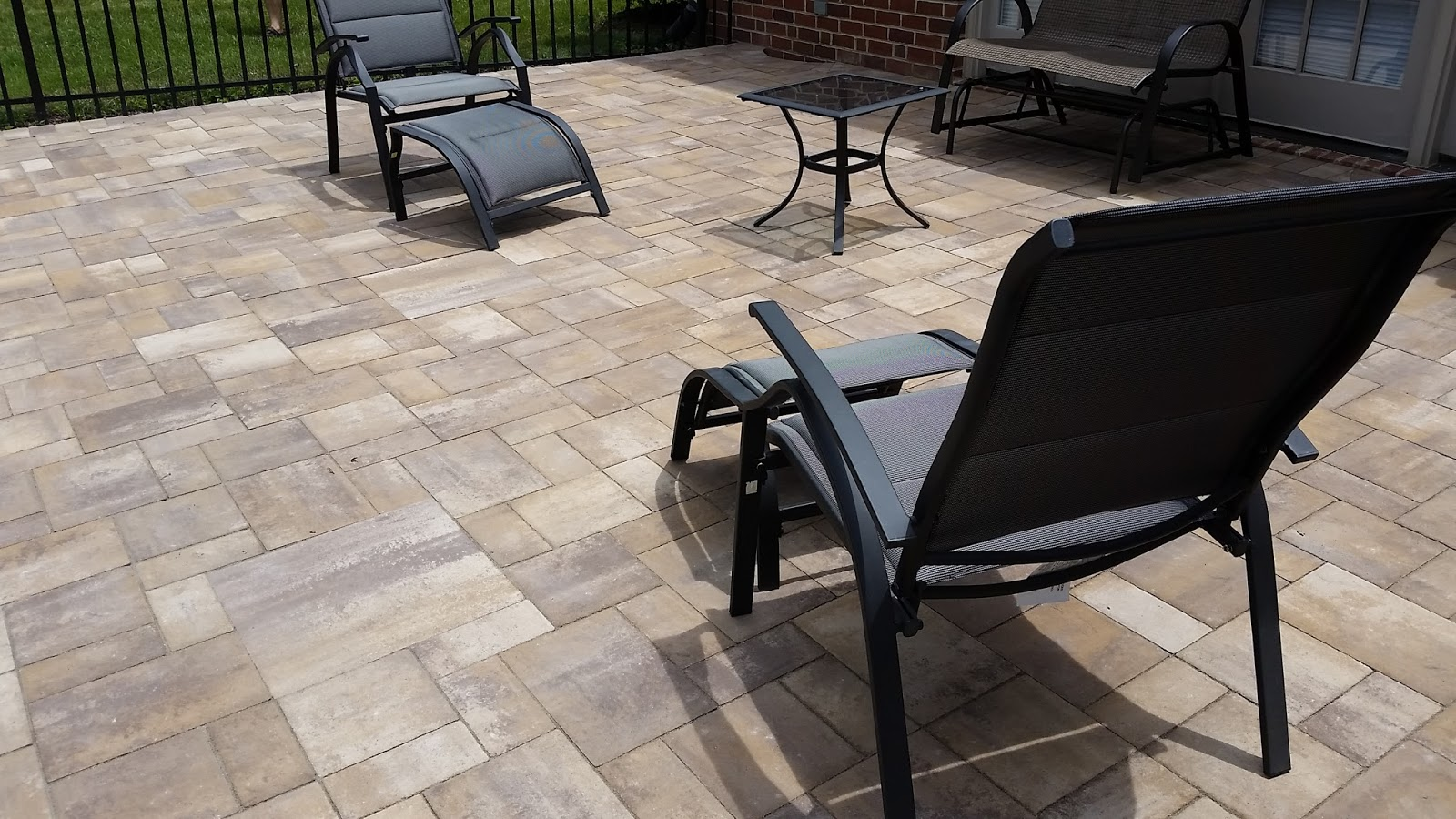 Custom Stoneworks & Design Inc : Cambridge Pavers with Armortec