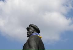 Separatistas buscan negociar independencia en reunión con autoridades de Ucrania