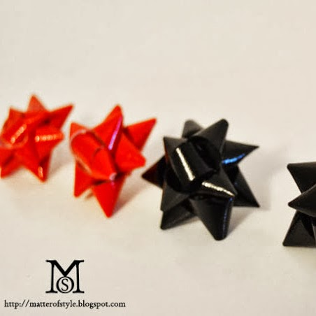 http://matterofstyle.blogspot.it/2013/01/gift-bow-earrings-diy-tutorial.html
