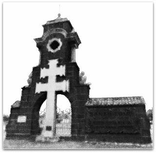Monumento na entrada de Santo Tomé, Argentina.