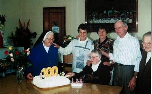 100º aniversário de Joephina Dambros