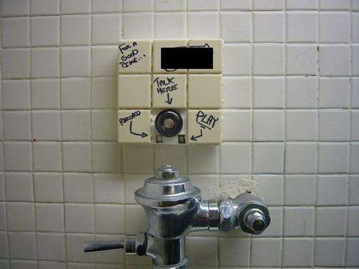 Bathroom Graffiti bathroom graffiti masterpieces that are true works of art (16 pics
