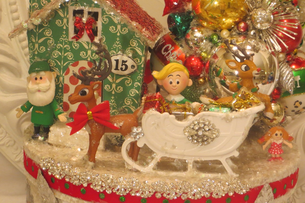 rudolph the red nosed reindeer collage box - Rudolph The Red Nosed Reindeer Christmas Decorations