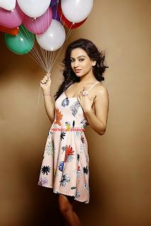 Aksha Pardasany 13.jpg