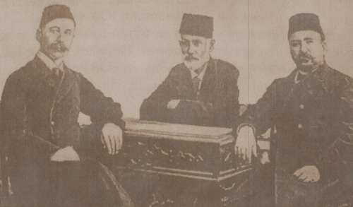 Тюркская интеллигенция начала ХХ века. Слева направо: И.Гаспринский, Г.Зардаби, А.Топчибашев