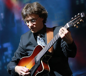 Frank Vignola and his Thorell Archtop