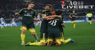 Agen Piala Eropa - AC Milan kembali meraih kemenangan. Kali ini dalam lawatan ke Stadion Olimpico, Senin (2/11/2015) dinihari WIB, Rossoneri menundukkan Lazio dengan skor 3-1.