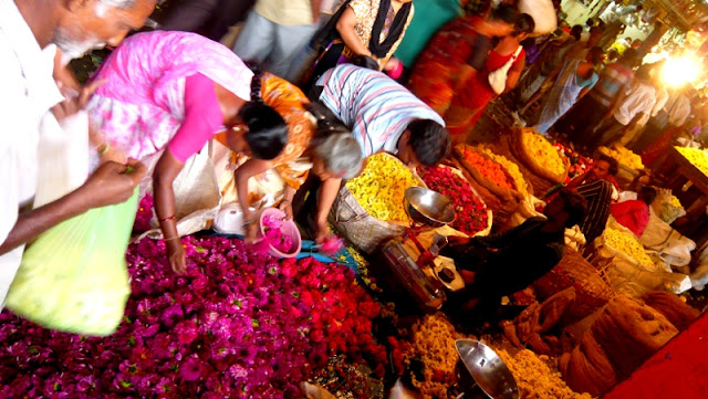 Bangalore city market flowers shopping