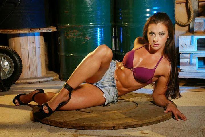 Marjorine Cardoso-female fitness model-fitness women