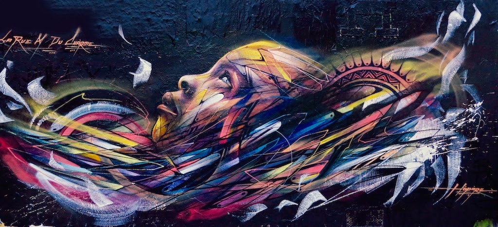 Hopare is back on the streets of Paris, Francewhere he spent his week-end working on this new building somewhere in the city's 11th district.