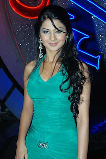 Jennifer Winget Wallpaper with her boyfriend, Sexy Jennifer Winget hindi movie video download