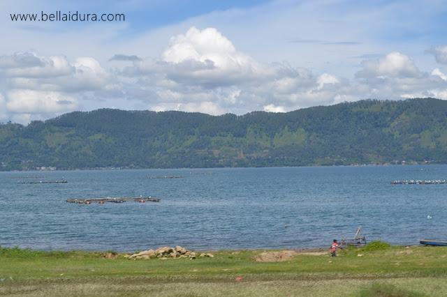 percutiaan bajet di Pulau Samosir