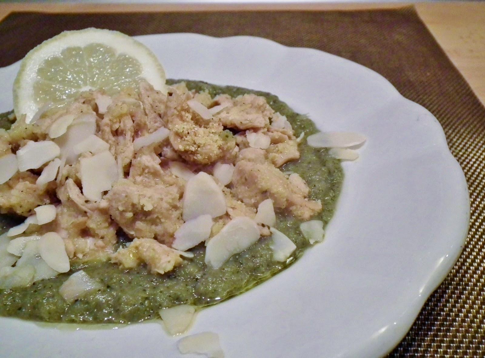 bocconcini di soia al limone su crema di zucchine e cipolle di tropea
