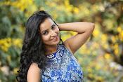 Ishika Singh Latest Glamorous Photos-thumbnail-17