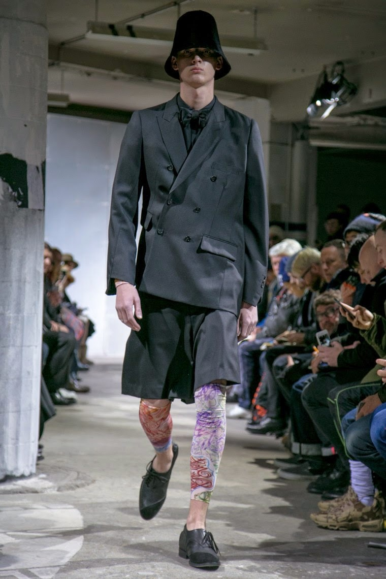 Comme des Garçons Homme Plus AW15, Comme des Garçons Homme Plus FW15, Comme des Garçons Homme Plus Fall Winter 2015, Comme des Garçons Homme Plus Autumn Winter 2015, Comme des Garçons Homme Plus, du dessin aux podiums, dudessinauxpodiums, Comme des Garçons, Rei Kawakubo, tattoo artist JK5, mode homme, menswear, habits, prêt-à-porter, tendance fashion, blog mode homme, magazine mode homme, site mode homme, conseil mode homme, doudoune homme, veste homme, chemise homme, vintage look, dress to impress, dress for less, boho, unique vintage, alloy clothing, venus clothing, la moda, spring trends, tendance, tendance de mode, blog de mode, fashion blog, blog mode, mode paris, paris mode, fashion news, designer, fashion designer, moda in pelle, ross dress for less, fashion magazines, fashion blogs, mode a toi, revista de moda, vintage, vintage definition, vintage retro, top fashion, suits online, blog de moda, blog moda, ropa, blogs de moda, fashion tops, vetement tendance, fashion week, Paris Fashion Week