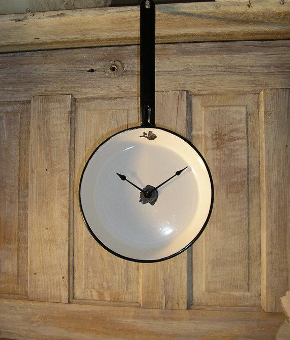 LilacsNDreams: DIY Handmade Repurposed Recycled Wall Clocks